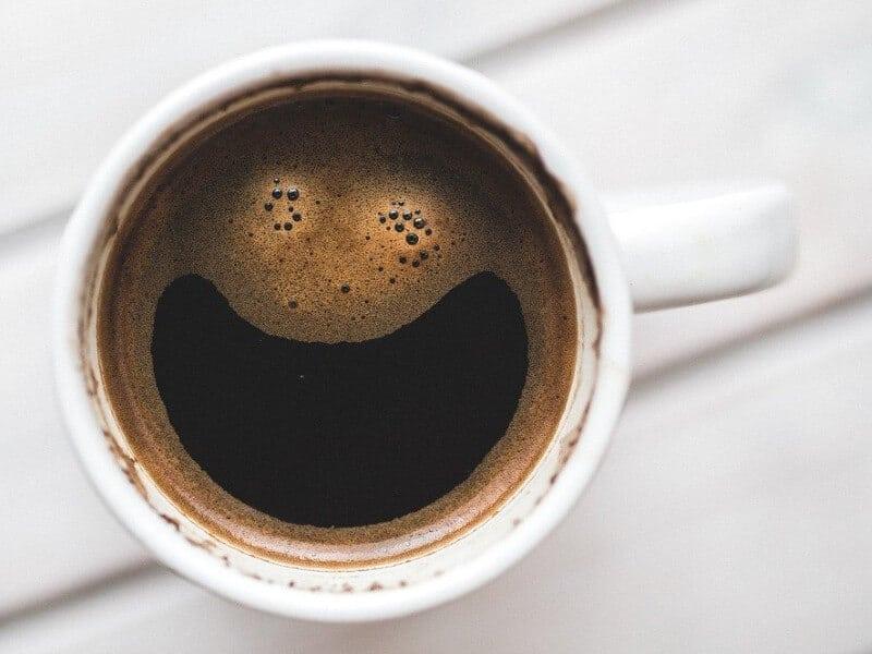 kawa poprawia nastrój